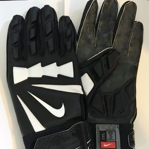 Nike Hyperbeast NFL Football gloves pgf310 lineman